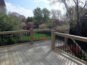 New pine wood deck | Prime Fence & Deck Company